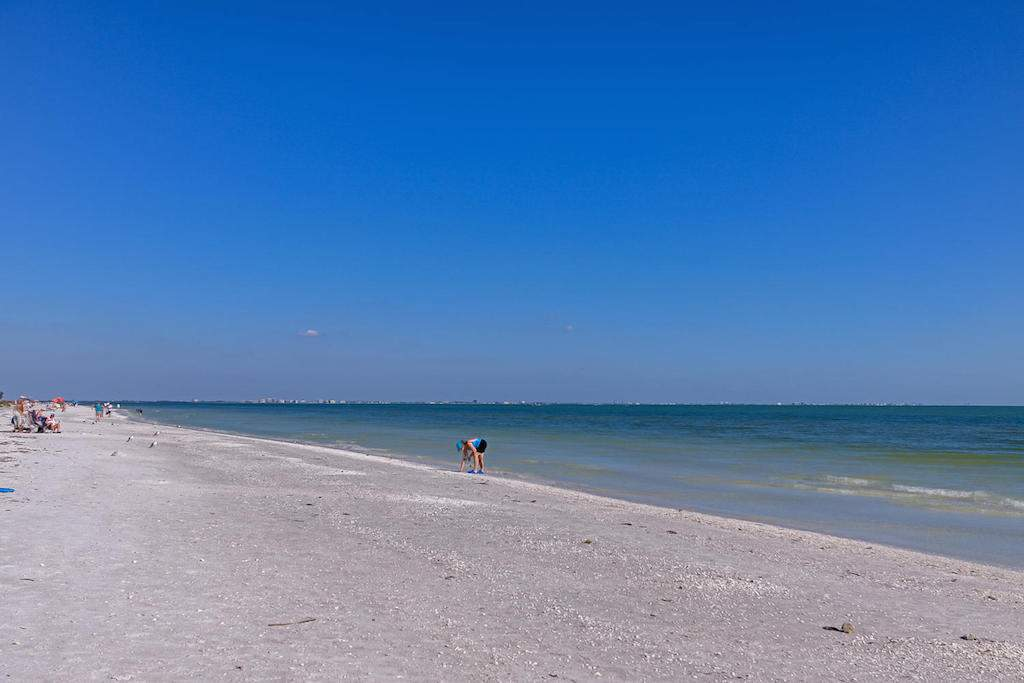 Coquina Beach Unit 1F Sanibel-large-009-COQUIN BEACH 1F 3 of 34-1500x1000-72dpi